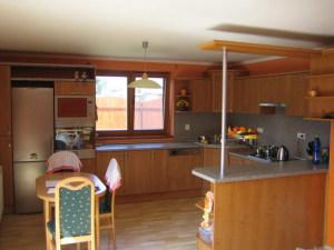 BR Kuchyně - Kuchyně 143