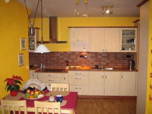 BR Kuchyně - Kuchyně 147