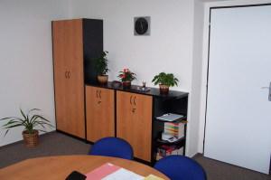 BR Kuchyně - kancelářský nábytek 023