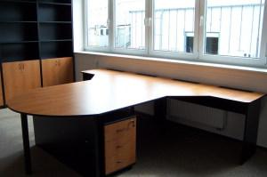 BR Kuchyně - kancelářský nábytek 027