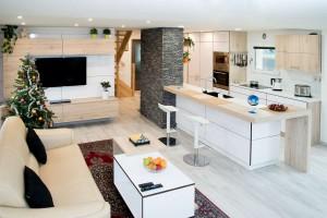 Kompletní interiér rodinného domu v  Opavě včetně dveří a proskleného schodiště N (3)