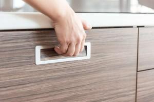 Realizace kuchyně Ostrava-podlaha a dveře původní-majitelé nechtěli měnit (6)